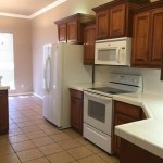 house kitchen cleaned with naturally derived cleaning products by honest maids of arizona